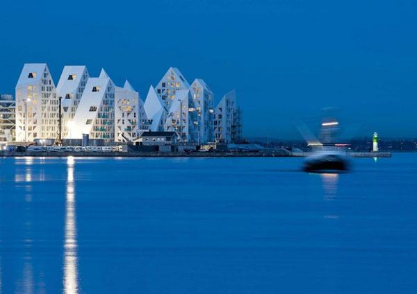 Isbjerget - The Iceberg