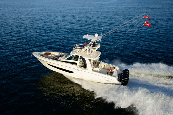 boston whaler 420 outrage 320 vantage