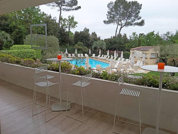 Au jardin de la vague saint paul 29 - Table jardin balcon saint paul ...