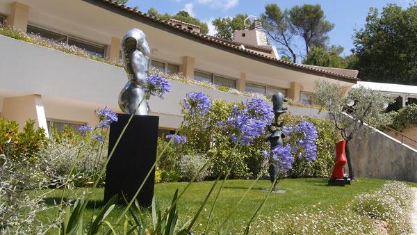 Au jardin de la vague saint paul jardin hotel - Table jardin balcon saint paul ...
