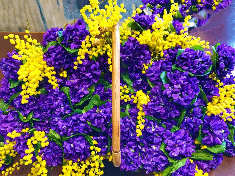 tourrettes sur loup fête violettes